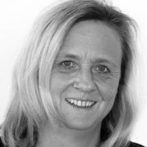 Brigitte Höft<br>(Physikalische Therapie)